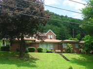 1022 Riverside Drive Welch WV, 24801