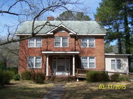 907 Main Street (South) Laurinburg NC, 28352