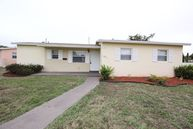 6231 Nw 20th St Sunrise FL, 33313