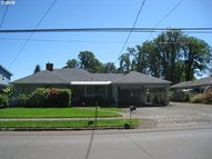 760 N 10th St Cottage Grove OR, 97424