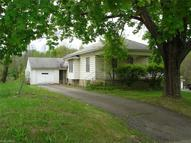 35 Shields Rd Youngstown OH, 44512