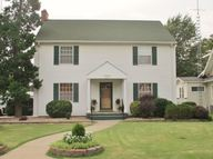 816 N A St Wellington KS, 67152