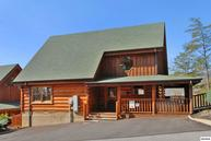 2030 Cougar Crossing Way Lookout Lodge Sevierville TN, 37876