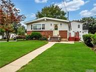 423 Westview Ave Deer Park NY, 11729