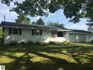221 E Gaston Avenue Harrietta MI, 49638