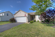 573 Dowling Ave Ashville OH, 43103