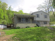 406 5th Street Saxton PA, 16678