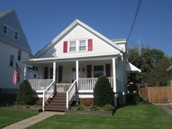 313 Pleasant Av Johnstown NY, 12095
