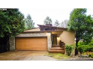 4309 Sw Melville Ave Portland OR, 97239