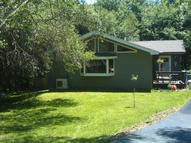 103 Mona Ct Dingmans Ferry PA, 18328