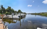352 Seabreeze Ct Moriches NY, 11955