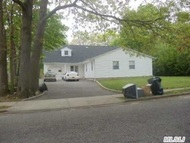 462 American Blvd Brentwood NY, 11717
