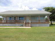 608 W Bay Avenue Seadrift TX, 77983
