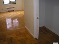 72-11 110 2d Forest Hills NY, 11375