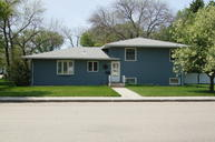 303 5th St W Edgeley ND, 58433