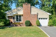 13 Millford Dr Locust Valley NY, 11560