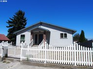 705 W 11th The Dalles OR, 97058