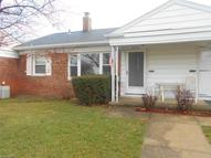 10276 Manorford Dr Unit: 15 Parma Heights OH, 44130