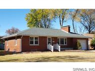 770 Berry Wood River IL, 62095