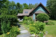 157 Gilcrist Rd Stowe VT, 05672
