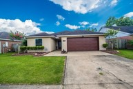 218 Cricklade Court Youngsville LA, 70592