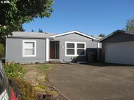 1655 S Elm St 302 Canby OR, 97013