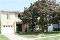 26 Aster Dr New Hyde Park NY, 11040