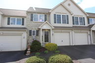 204 S Brookefield Lane New Holland PA, 17557