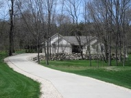 N6877 Hidden Valley Dr Beaver Dam WI, 53916