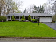 735 Woodcrest Dr. Mansfield OH, 44905
