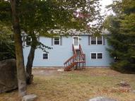 327 Country Pl Tobyhanna PA, 18466