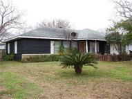 715 9th St Freeport TX, 77541