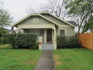 1446 Elliott St Houston TX, 77023