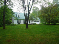 33 Sir Isaac Newton Road Newfane VT, 05345