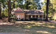 10723 Holly Hock Dr Greenwell Springs LA, 70739