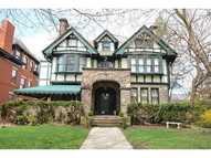 5225 Pembroke Place Pittsburgh PA, 15232