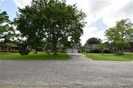 6105 Stoney Brook Dr Angleton TX, 77515