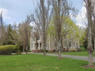 19 Chesterfield Dr Chester NJ, 07930