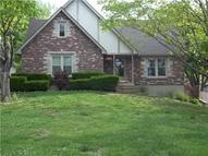 1009 Sw Stonehenge Drive Blue Springs MO, 64015