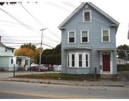 922 Lakeview Ave Lowell MA, 01850