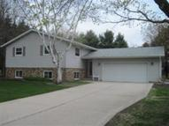 1826 Daisy Ln Two Rivers WI, 54241