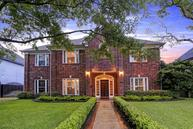 511 South 3rd St Bellaire TX, 77401