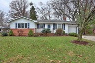 461 E Clearview Ave Worthington OH, 43085
