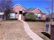 713 Manchester Drive Mansfield TX, 76063