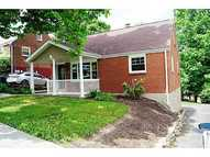 6317 Whitewood Street South Park PA, 15129