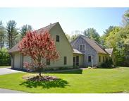 17 Noble Rd Rochester MA, 02770