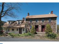 226 Smithtown Rd Pipersville PA, 18947