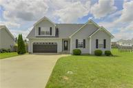 3828 Angelise Ln Clarksville TN, 37042