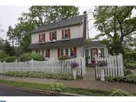 201 Delmont Ave Ardmore PA, 19003
