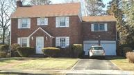 19 Donald St East Williston NY, 11596